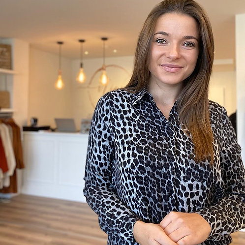 Grey leopard shirt