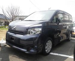 トヨタ ヴォクシー 89万円