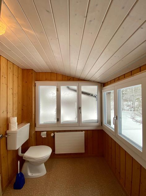 Dusche/WC im OG