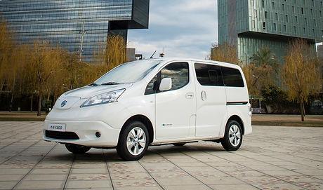 2018-nissan-e-nv200-electric-delivery-va