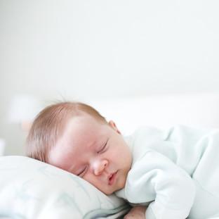 baby dormindo tranquilo