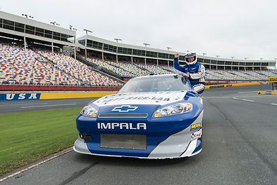 PIC-Nascar Racing Experience Driver in W
