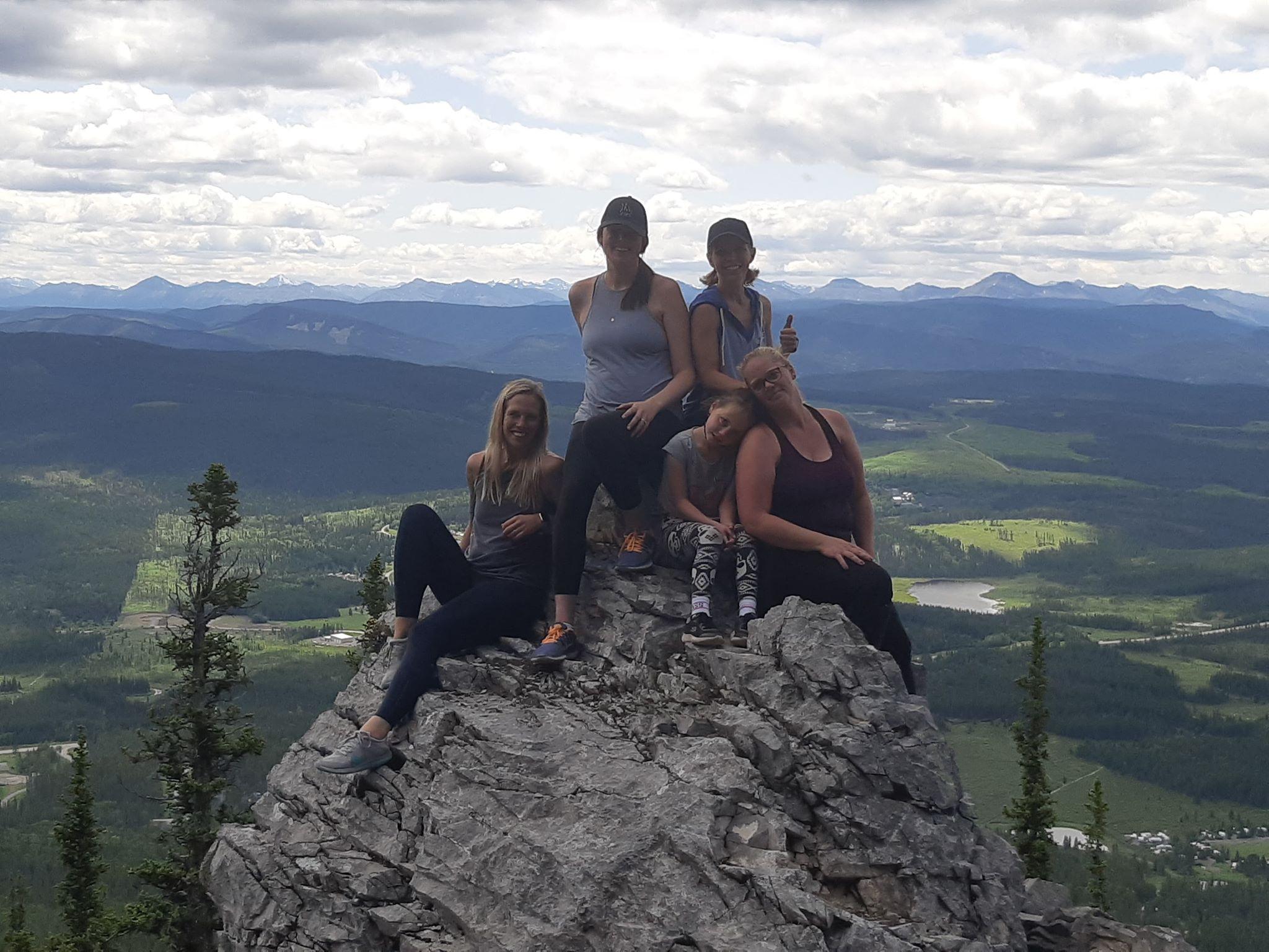 Coliseum Mountain Group Hike