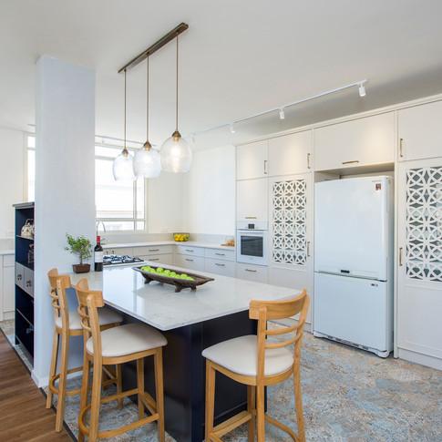 8_kitchen.jpg