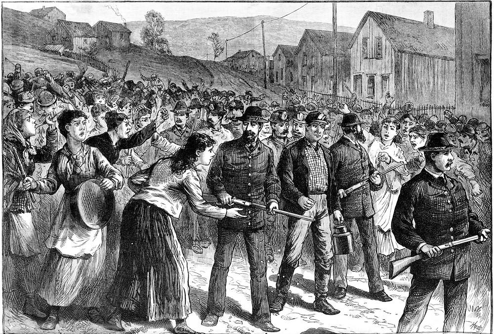 Agencia Nacional de Detectives Pinkerton en Huelga de Buchtel, Ohio en 1884.