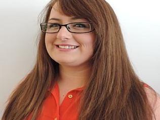 Zara Female Chiropractor | Liverpool