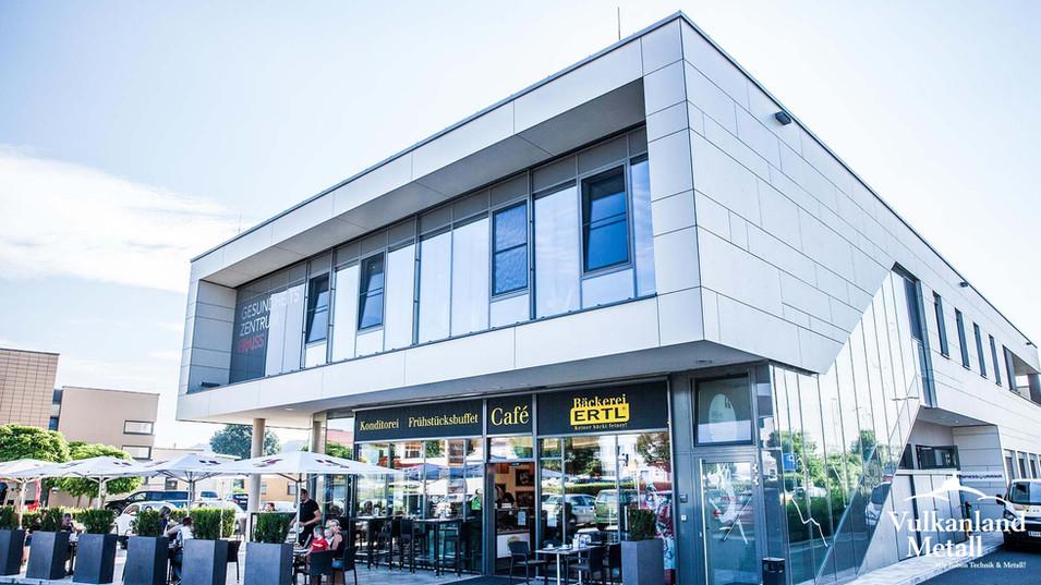 Gesundheitszentrum & Bäckerei in Studenzen