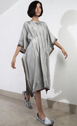 Aish y Dress
