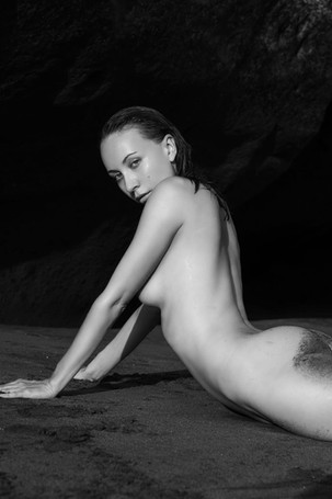 anna-venice-nude (2).jpg