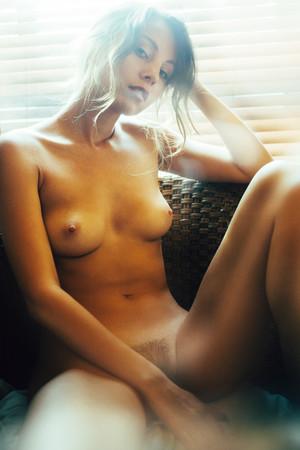 anna-venice-model-nude-19.jpg