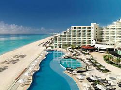 freinds week cancun fondo