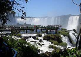 Las-Cataratas-del-Iguazu.jpg