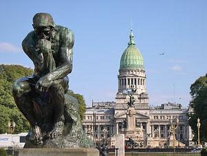 Buenos_Aires-Plaza_Congreso-Pensador_de_