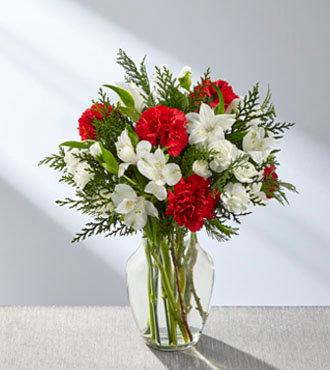 The FTD® Winter Walk™ Bouquet B26s