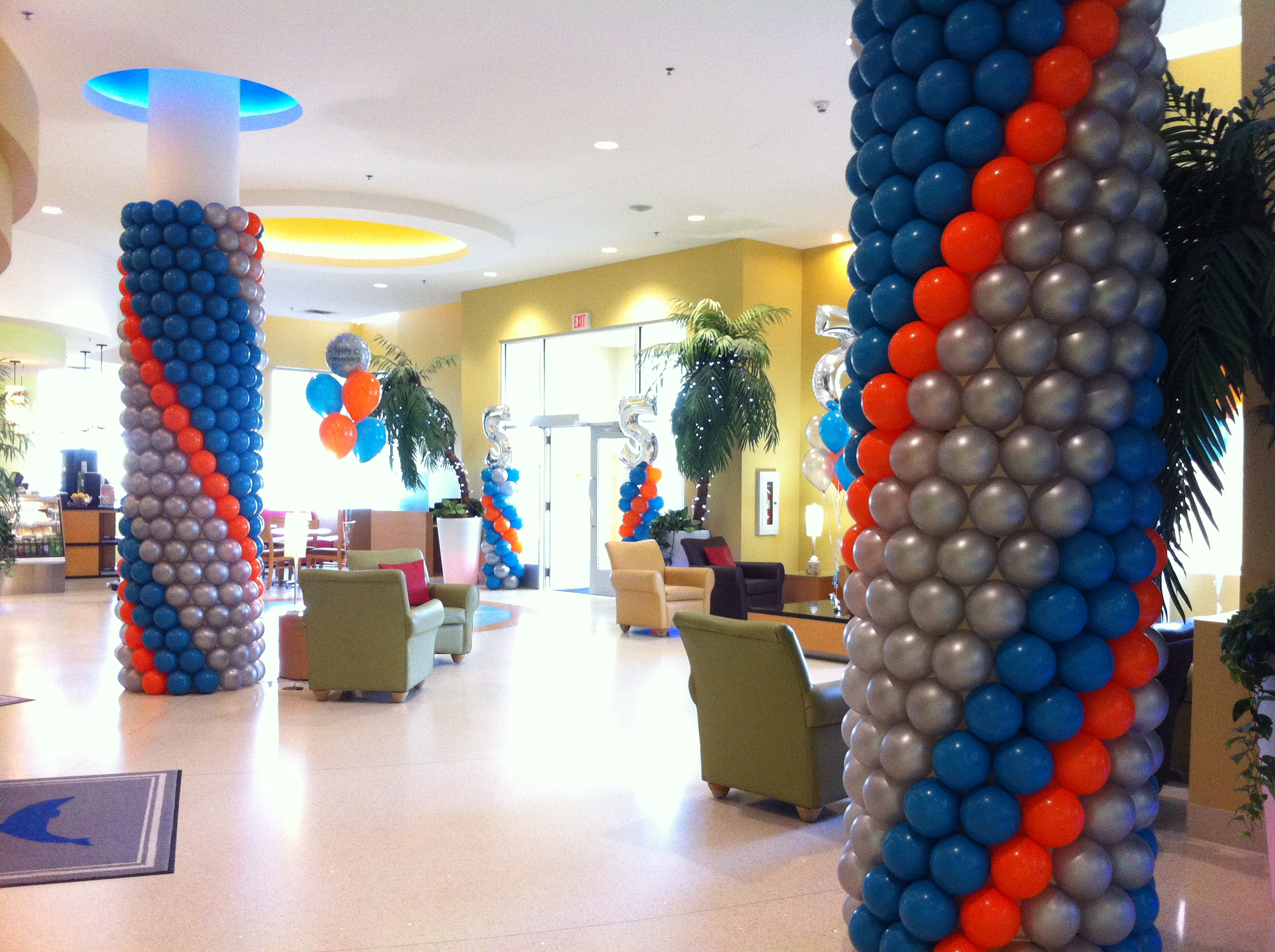 Striped Pillar Wrap Balloons