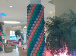 Swirl Pillar Wrap Balloons