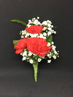 3 red minicarnation boutonniere
