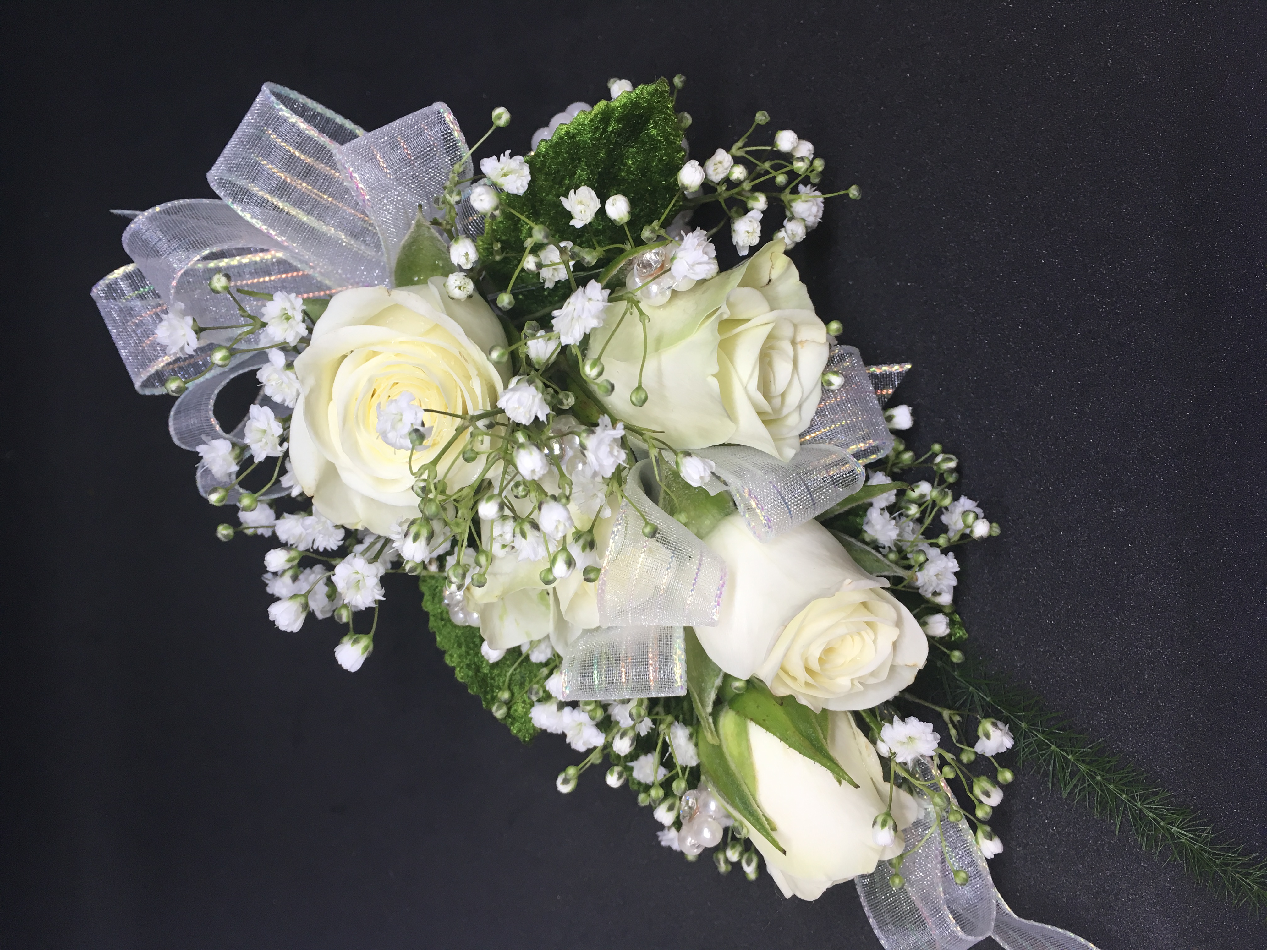White Roses and irridescent