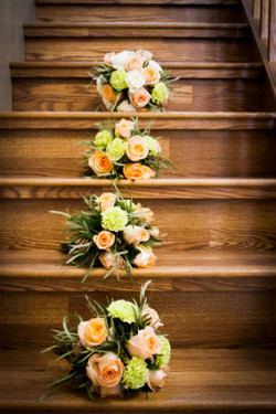 Bridal party bouquets - Peach, white