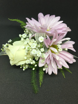 Rose & Daisies Corsage