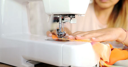 close-up-shot-of-sewing-machine-P6FMKNY.