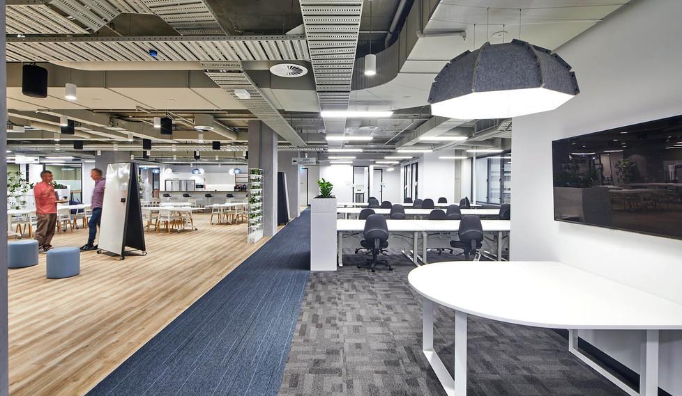 Renacent Healthdirect - corporate office interior design