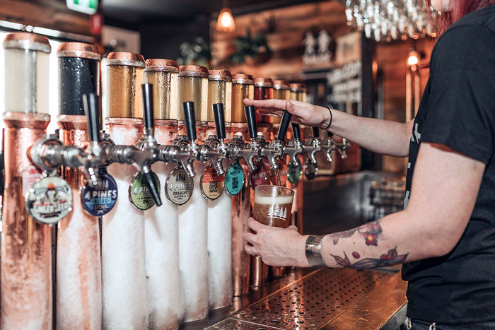 4Pines-Bar-Brisbane-beer-taps