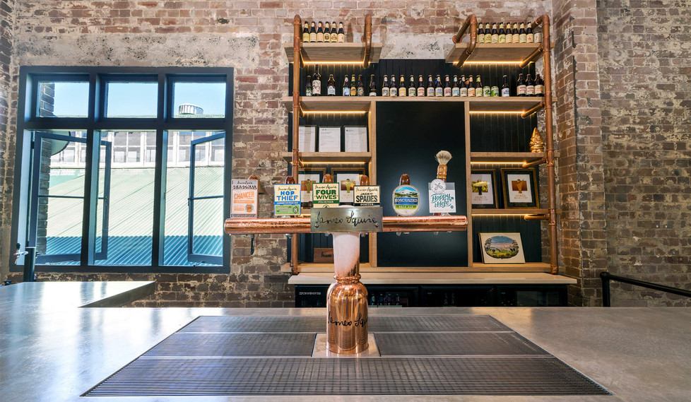 Lion Malt Shovel Bar - Bar layout design