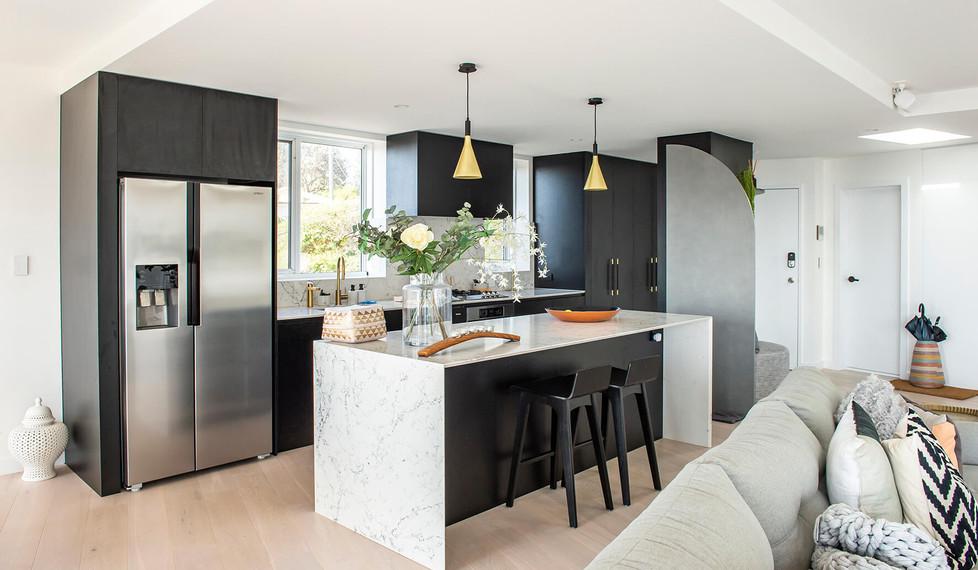 Bronte Seaside Apartment - Cradle residential apartment design - Kitchen