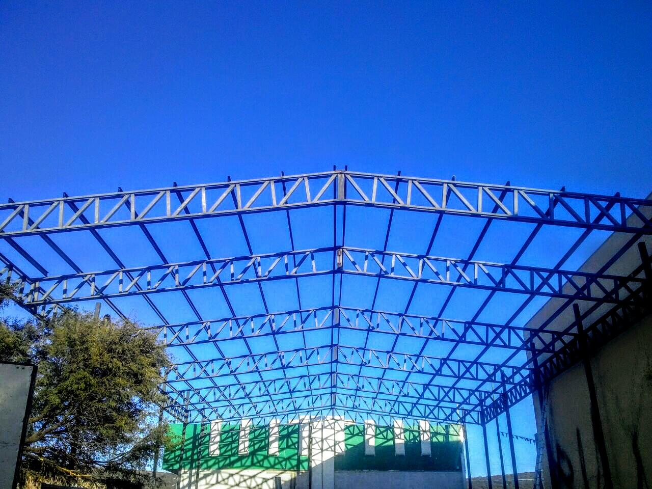 Construcción de Llantera.