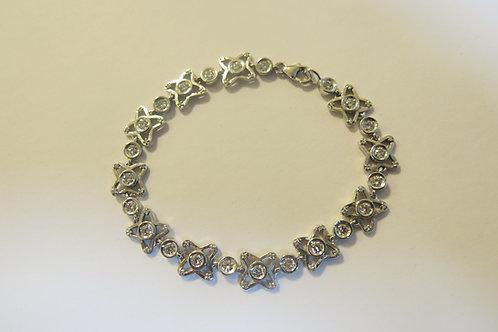 B28 - 14K Gold & Diamonds