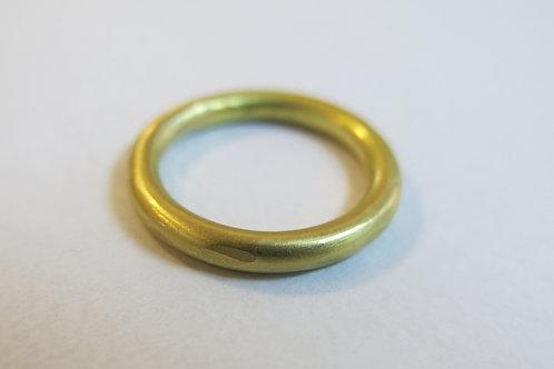 W28 - 22K Gold
