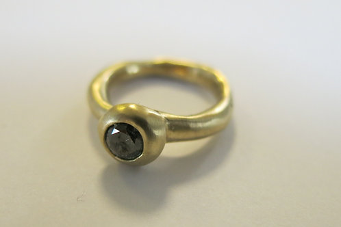 R27 - 14K Gold & Black Diamond