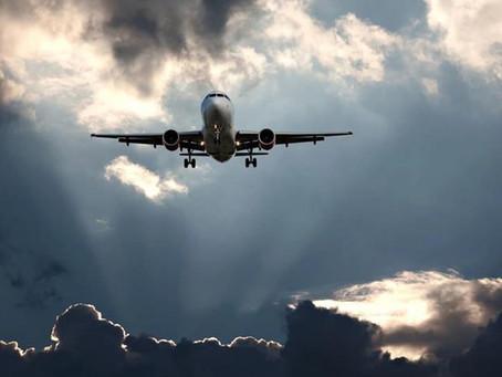 Αεροπορικά εισιτήρια: Η κλιματική αλλαγή θα φέρει το τέλος των φθηνών πτήσεων;