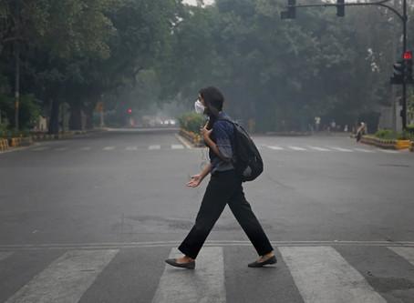 Η Ινδία πασχίζει να πάρει ανάσα - Πώς μοιάζει όταν ο αέρας γίνεται... δηλητήριο!