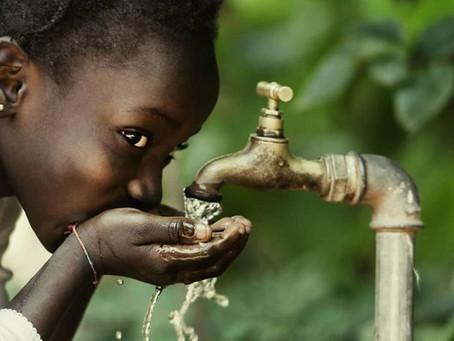 Κένυα: Πώς παράγουν πόσιμο νερό μέσω της ηλιακής ενέργειας! [video]