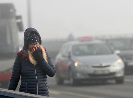"""Ατμοσφαιρική ρύπανση: Τα Βαλκάνια """"πνίγονται"""" σε τοξικό νέφος [vid]"""