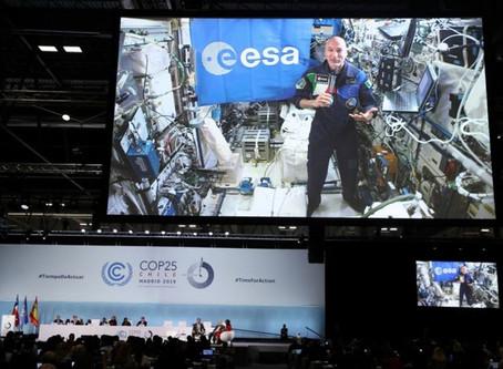 """Διάσκεψη ΟΗΕ για το κλίμα: Αυτό ζήτησε ο αστροναύτης Παρμιτάνο για την """"όμορφη Γη"""" [vid]"""