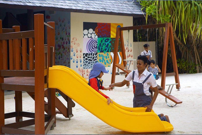 Anantara Kihavah Kids Club Topo Design S