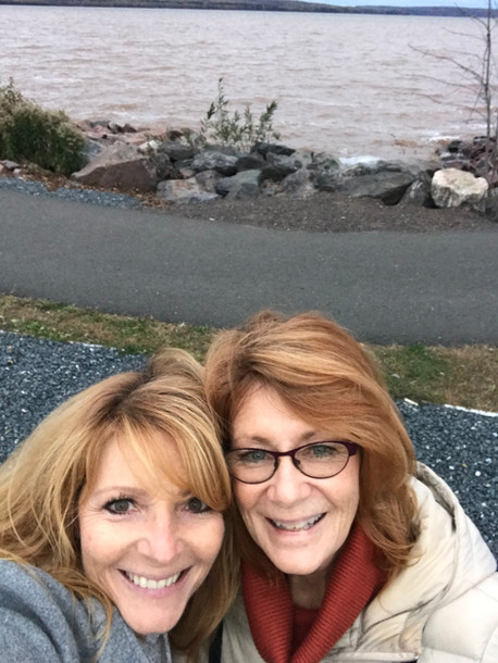 Jacqueline & Sister Sandi