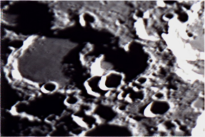 Moon0008_pipp
