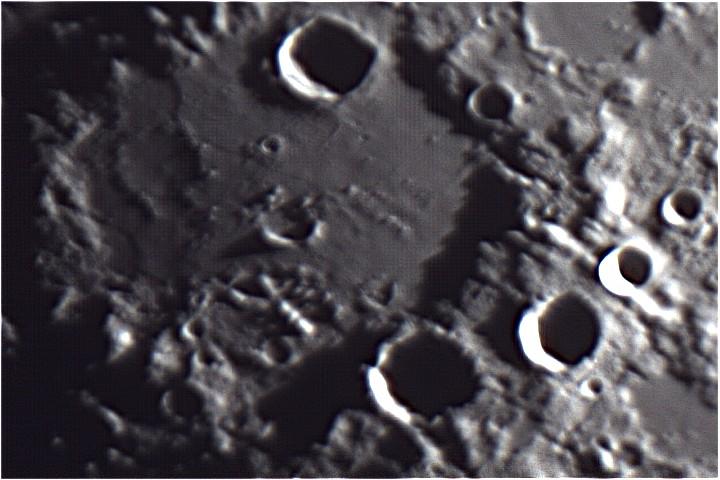 Moon0005