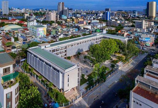 Trường THPT Phan Chu Trinh