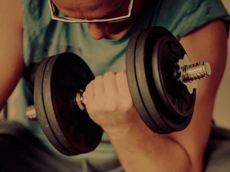 I benefici psico-fisici dell'allenamento con i pesi