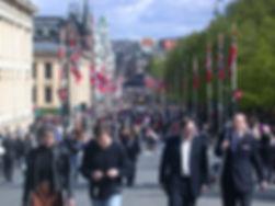 1024px-Oslo-karljohan.jpg