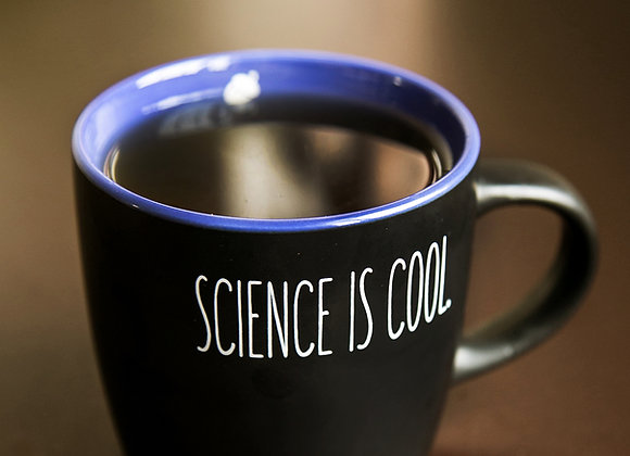 """Taza The Geek Squirrel® """"Science is Cool"""""""