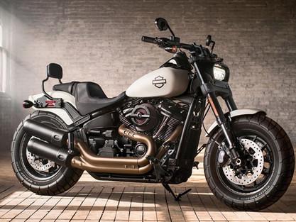 Quanto custa o seguro das 10 motos custom mais baratas do Brasil