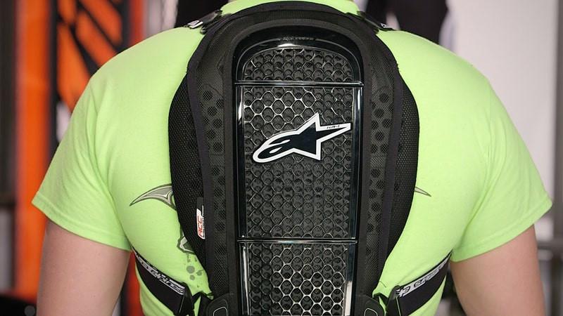 protetor-de-coluna-para-motociclistas