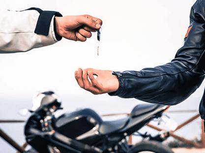 Quanto custa ter uma moto por ano?