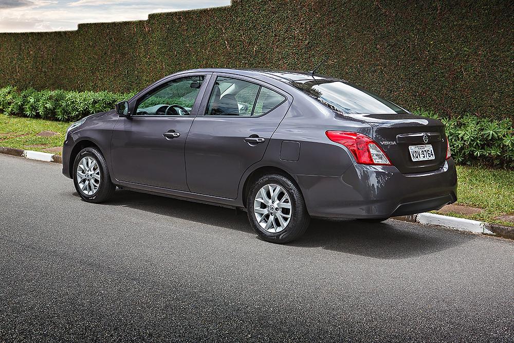 Nissan Versa S 1.6